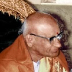 150px-Kavisamrat_Viswanadha_Satyanarayana_cropped